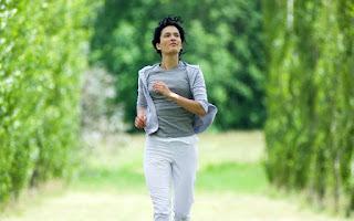 девушка спортивная ходьба природа