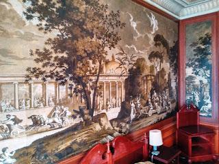Sypialnia napoleońska z oryginalną tapetą w Pałacu w Walewicach-2015