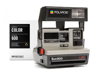 Polaroid 600 Camera & Color Film Pack