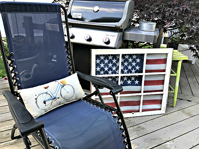 Create american flag window display in no time