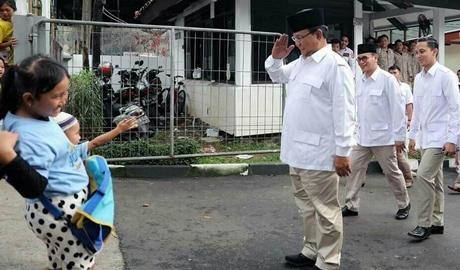 Jawab Tudingan Prabowo: Projo: Jokowi Bertindak Nyata untuk Rohingya, Bukan Pencitraan