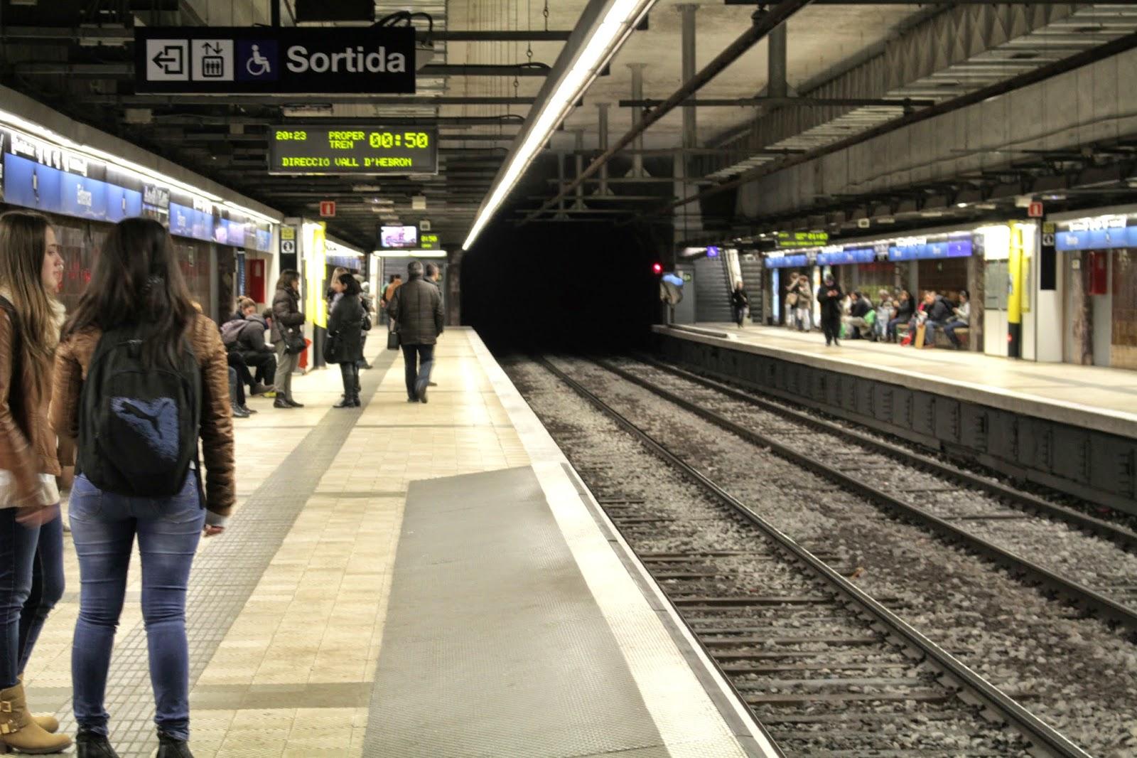 historias de un momento - metro barcelona
