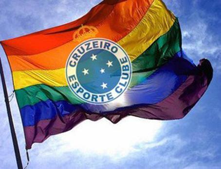 Torcedores de Cruzeiro e Galo criam páginas contra homofobia e sexismo