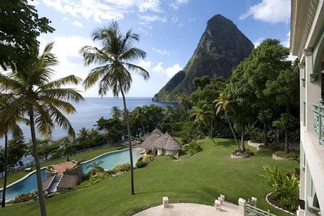 La Belle Helene, St Lucia