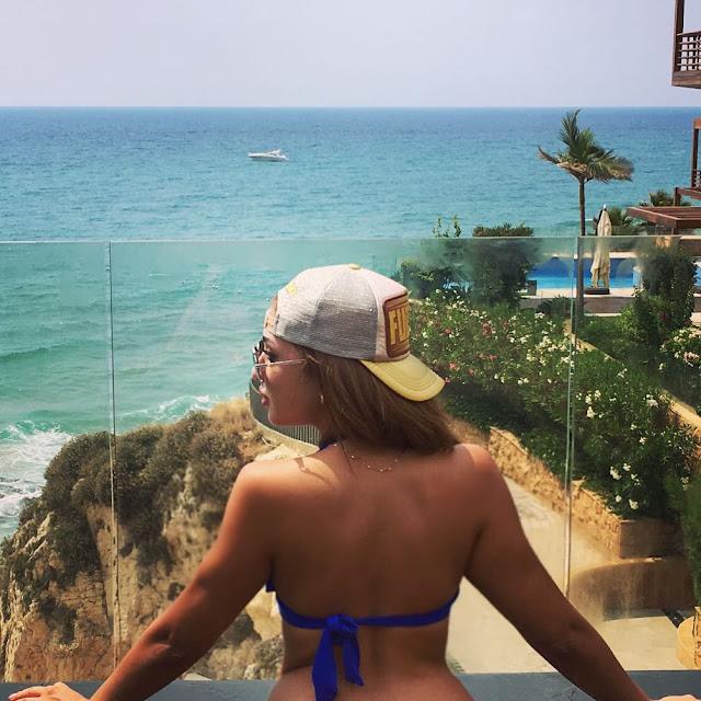 هبة داغر بالبكيني بإطلالة مثيرة بفندق بيبلوس سور مير جبيل في لبنان