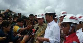 Penjelasan Presiden Jokowi Soal Pemotongan Gaji PNS untuk Zakat