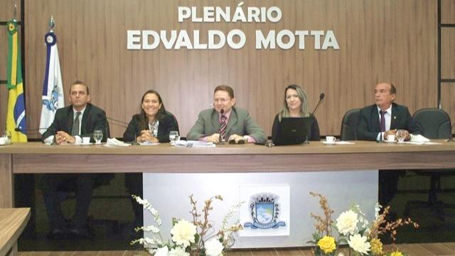 Projeto para efetuar liquidação dos débitos dos agricultores de Patos junto ao BNB é aprovado em 2ª votação