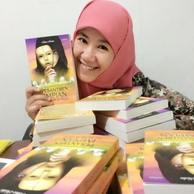 Biodata dan Profil Asma Nadia