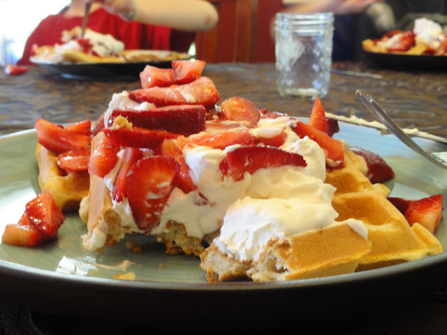 Perfect-Waffles-with-Strawberries-and-Whipped-Cream-Original-Picture.jpg