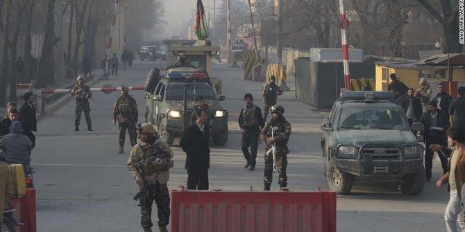 Bom Bunuh Diri Serang Pertemuan Ulama di Afghanistan