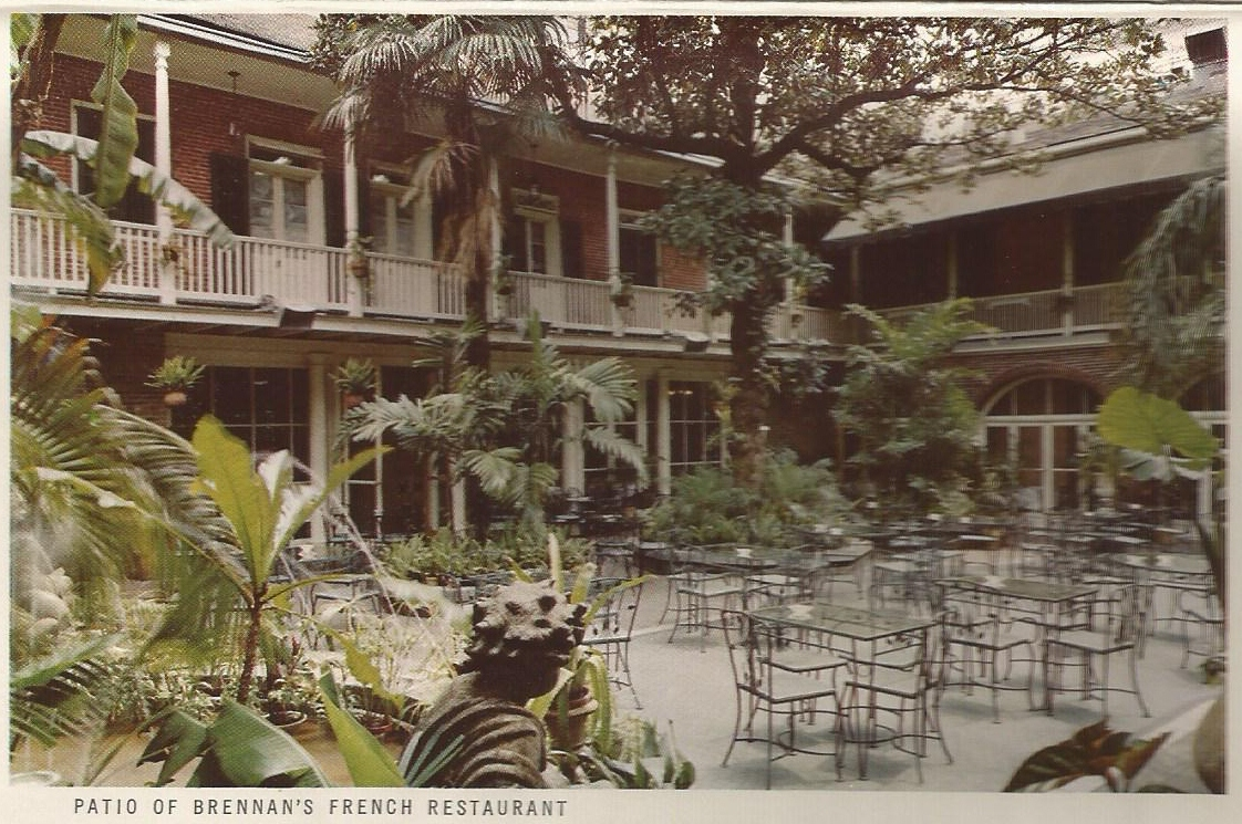 Vintage Travel Postcards: The French Quarter - Vieux Carre