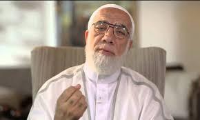 حقيقة خبر وفاه الداعية الاسلامي عمر عبد الكافي والضجة التي أحدثها على مواقع التواصل الاجتماعي