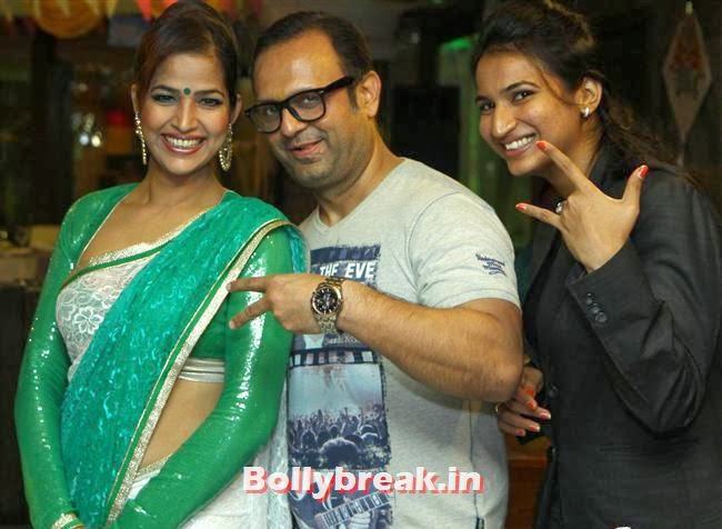 , BGrade Movie Actresses Celebrate Republic Day at Peninsula Grand