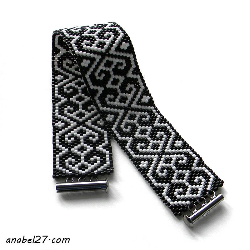 Черно-белый браслет с орнаментом - монохромный браслет из бисера