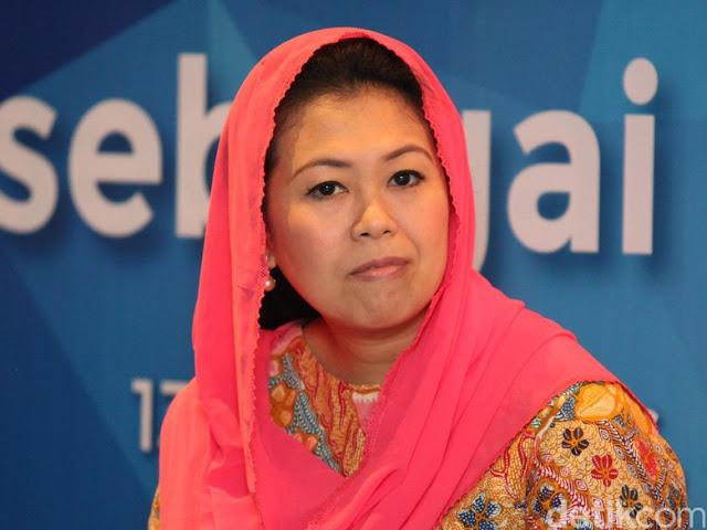 Yenny Wahid Ajak Mahfud Md Dukung Jokowi