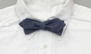 How do I tie a bow tie
