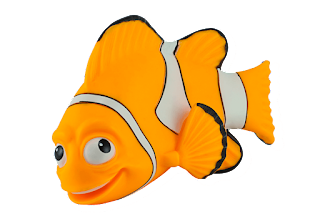 a picture of a clownfish bath toy