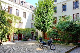 Paris : Cour du Bel-Air, légende cocasse pour une cour artisanale du XVIIème siècle  - XIIème