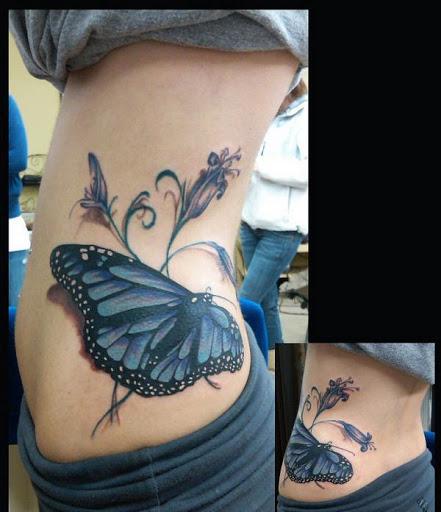 Tatuagem de borboleta ideias para o lado do corpo