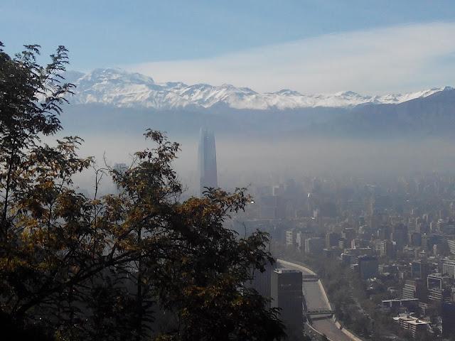 Vistas desde el Cerro San Cristobal Santiago Chile