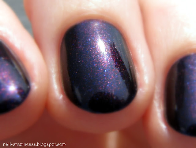 galaxy | lakier do paznokci | no. 7| nail polish swatch | zoom | makro