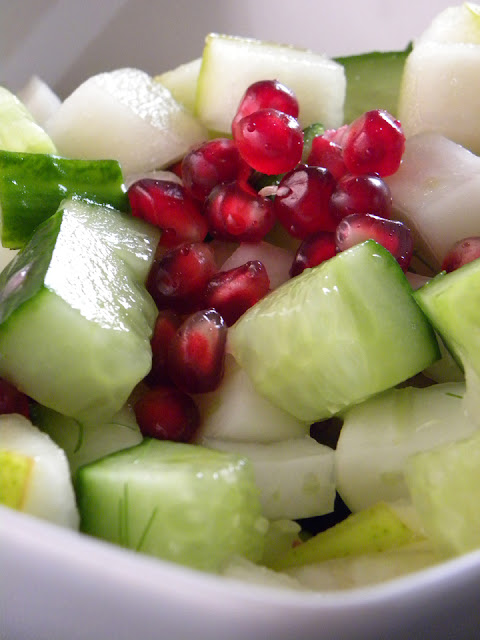 Cucumber, Pear & Fennel Salad | sweetpeasandsaffron.com