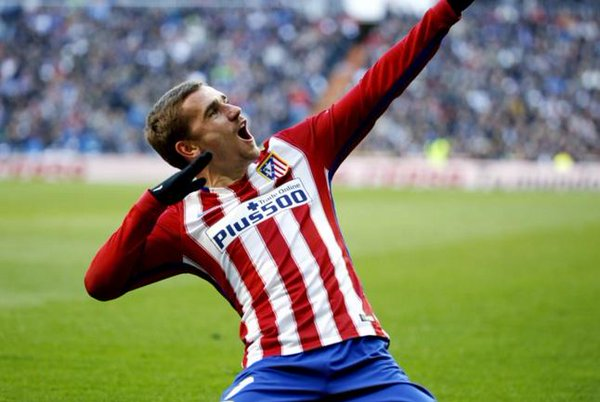 Atletico Madrid striker Antoine Griezmann sacks agent amid Manchester United interest
