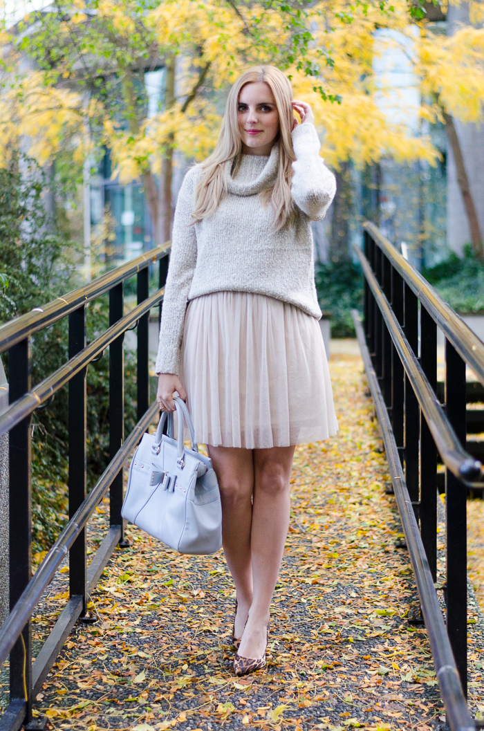 How to wear a tulle skirt, style tips, how to layer a dress for winter