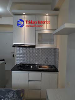 kitchen-set-minimalis-apartemen-green-pramuka