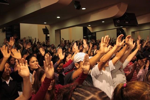 O batismo com o Espírito Santo hoje
