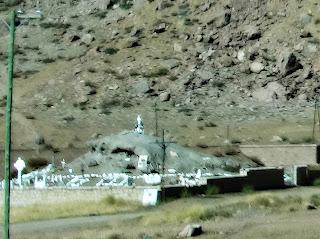 Cementerio del Andinista, Puente del Inca, Argentina