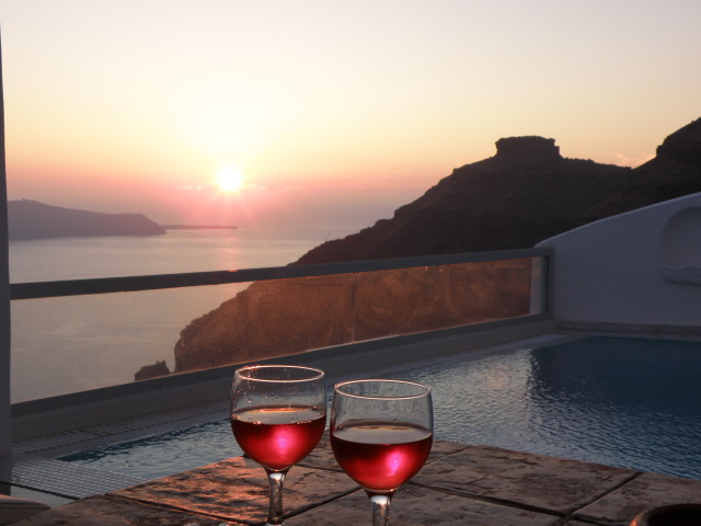 Ausblick auf Skaros Rock, Terrasse der Sunset Suite, Agali Houses in Firostefani, Santorin