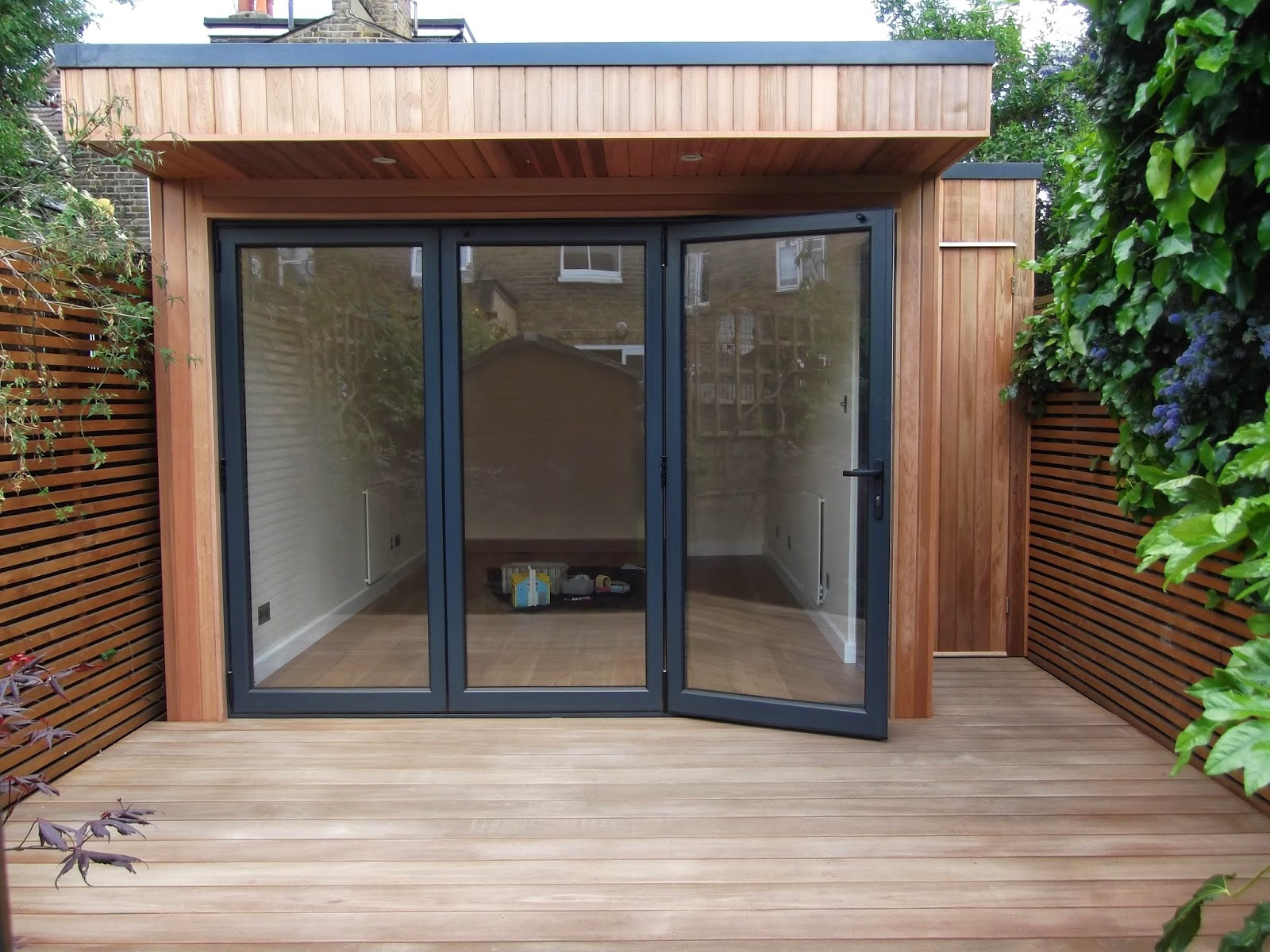 Office in my garden for Tiny garden rooms