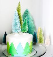 http://www.akailochiclife.com/2015/12/bake-it-christmas-tree-cake.html