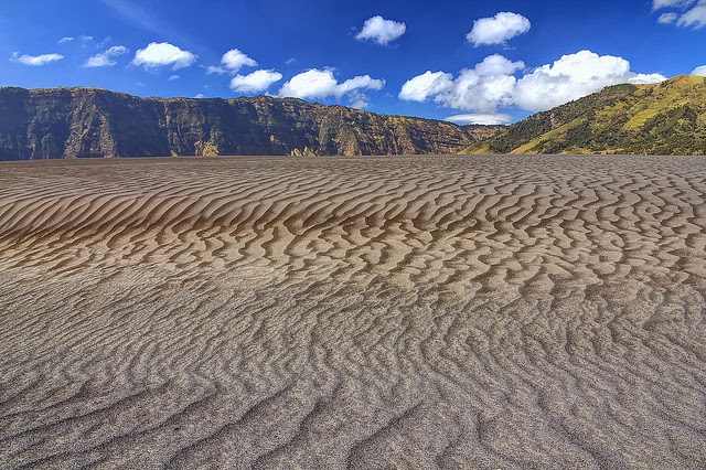 Image result for pasir berbisik