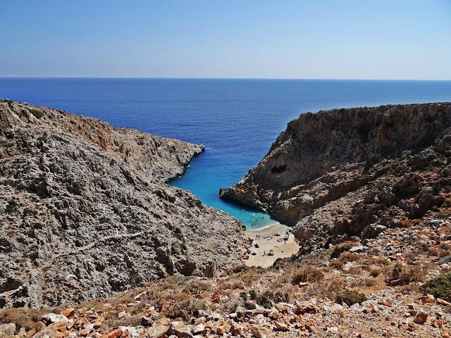 Turkusowe morze i piaszczysta plaża na Krecie, gdzie jechać?