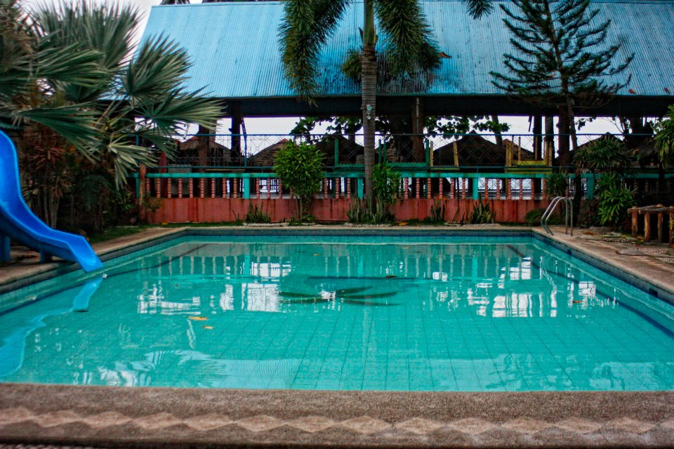 Davao tripper davao city beach resorts jones beach resort at talomo davao city for Swimming pool resort in gensan