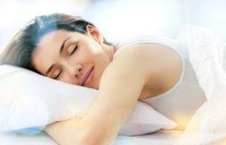 Merawat Kulit Wajah Sebelum Tidur Menjelang Malam Hari