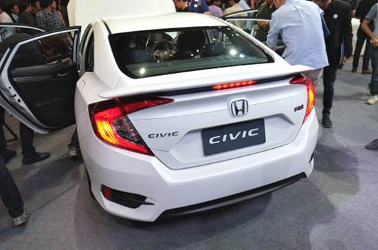 2017 honda civic 1 5l turbo sedan review reviews of car for Honda civic turbo 2017