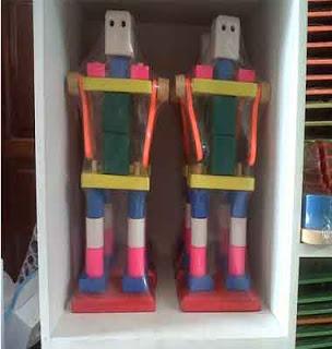 Mainan Kayu Robot Bongkar Pasang