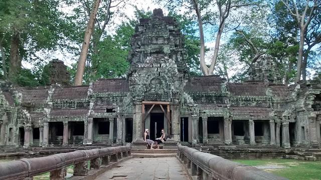 ta phrom in angor wat temples