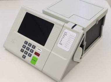 No total de 600 mil urnas eletrônicas, 30 mil deverão ter impressora acoplada.