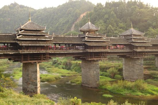 Chengyang Wind & Rain Bridge - Paket Tour 8H7M Guilin Sanjiang Oct 2018-Feb 2019 - Salika Tour Malang