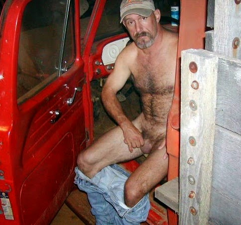 single gay truckers