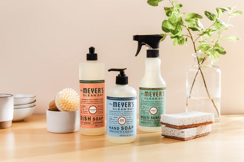 Try Eco-Friendly Grove and get Mrs. Meyer's freebies #grovepartner #affiliate #ad