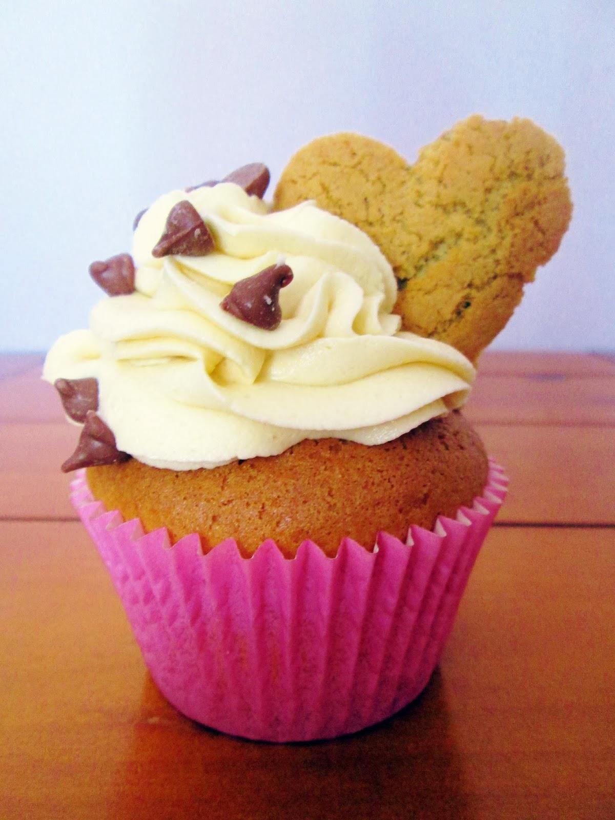 http://themessykitchenuk.blogspot.co.uk/2014/02/cookie-stuffed-cupcakes.html