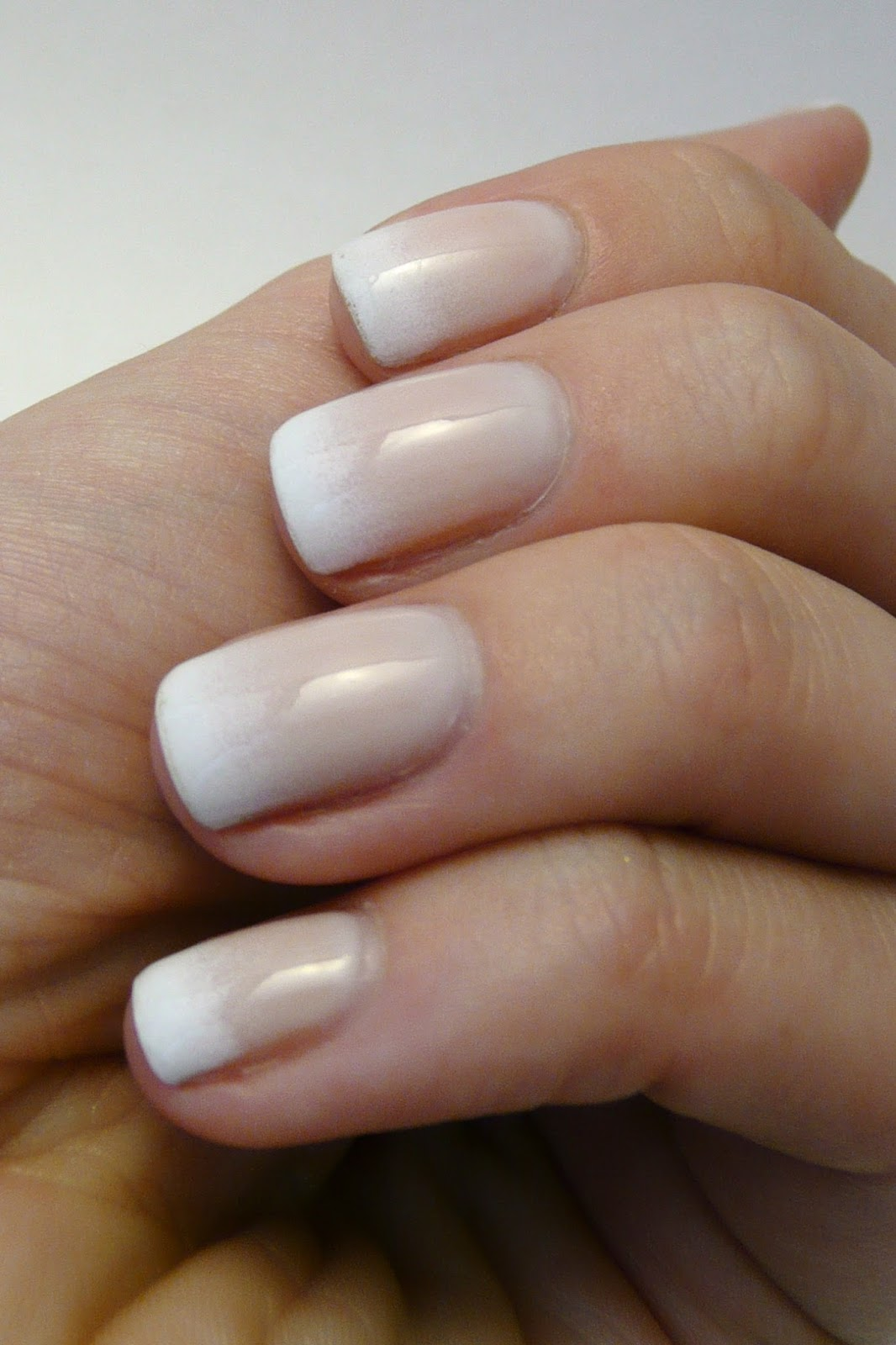 Casa De Polish: Gradient French Manicure