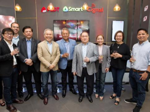 First Ever PLDT-Smart Store Opens in BGC
