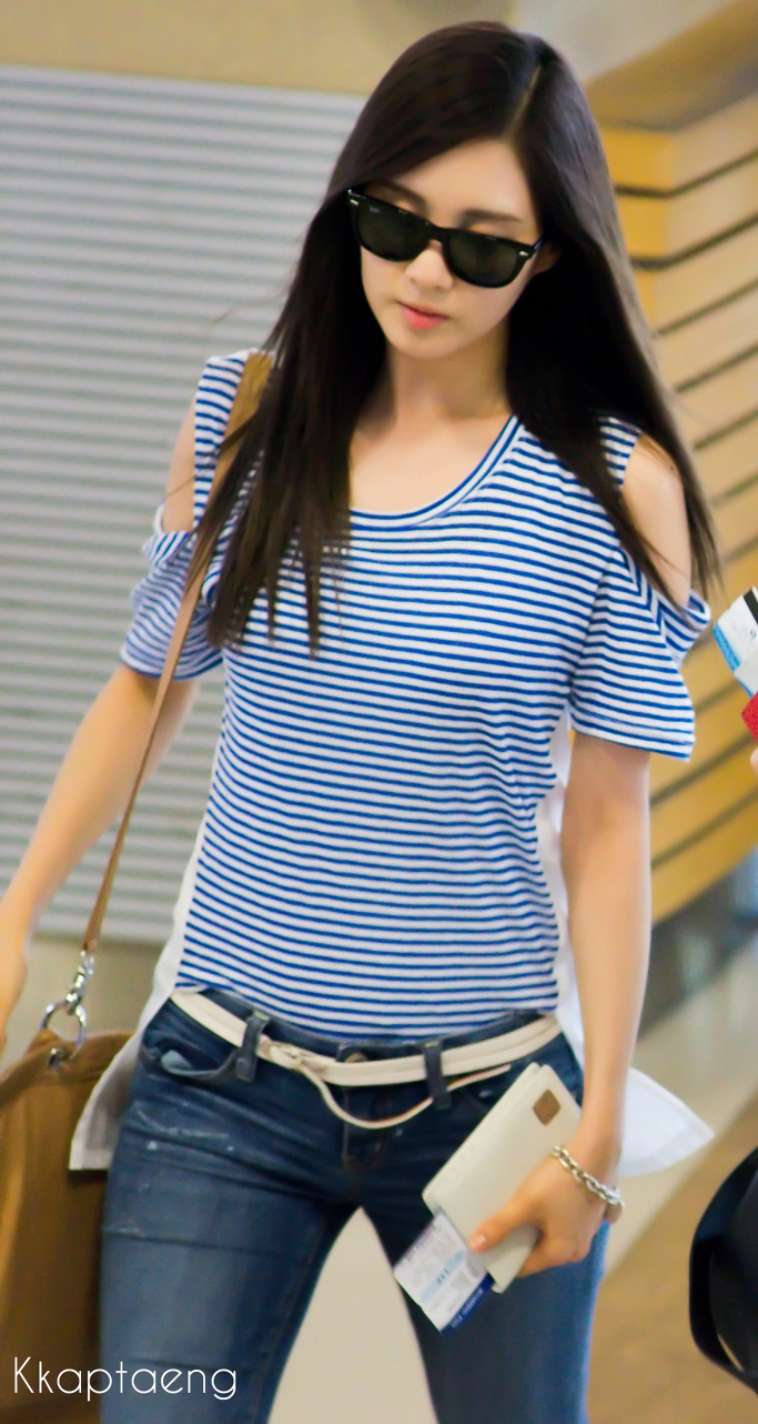 My K-Pop Database: 120621 SNSD Airport Fashion