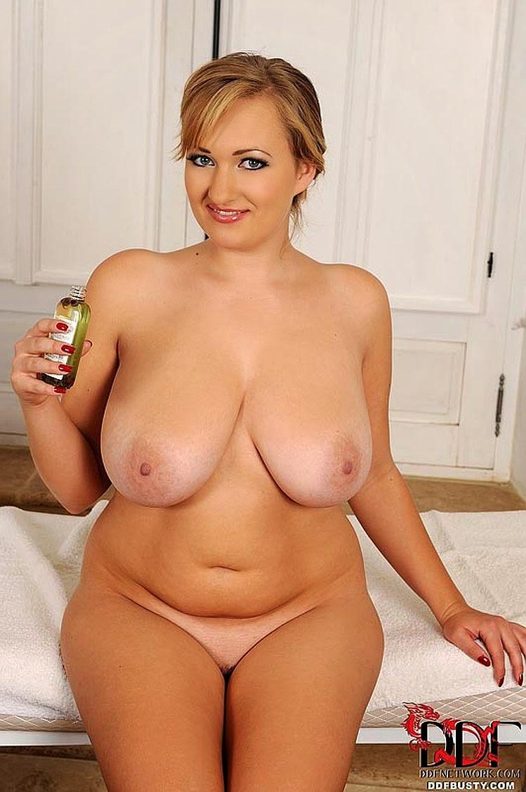 Sarah shine and alexa benson 3some with anal - 1 3